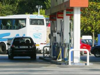 Una gasolinera de Vidreres i una de Sarrià entre les que tenen els preus més competitius de Catalunya. EL PUNT AVUI