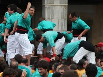 Els Castellers de Vilafranca tenen la intenció de repetir la torre de 9 (gamma extra) que van fer a Mataró, aquesta tarda a Vilanova i la Geltrú E. MAGRE