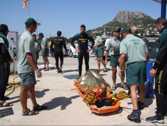 El cos del submarinista va ser traslladat fins a l'Estartit. ACN