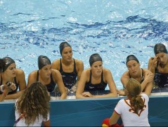 Les nedadores rebran les ordres d'una nova entrenadora a partir de l'octubre, quan tornin de les vacances EFE