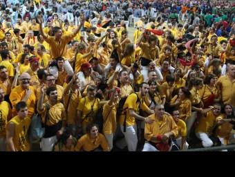 La celebració dels Bordegassos de Vilanova, guanyadors de la primera jornada E. MAGRE