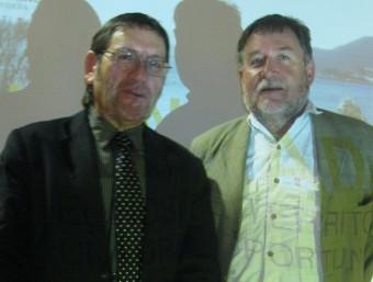 Pere Trias, president de Terra de Pas, amb el naturalista Martí Boada, en la jornada dedicada al turisme sostenible ahir a Llançà. E. C