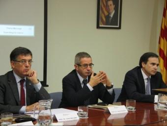 El conseller Recoder, el delegat del govern a l'Ebre i el president de la CHE durant la reunió de la Comissió per a la Sostenibilitat de l'Ebre que es va fer ahir a Amposta. ACN