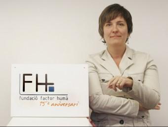 La directora de la Fundació de Factor Humà, Anna Fornés, a la seu de l'organització.  ARXIU