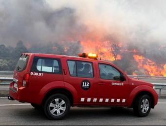 Els sindicats dels Bombers de la Generalitat van donar ahir la seva visió de la gestió dels focs del passat mes de juliol a l'Empordà. JORDI RIBOT