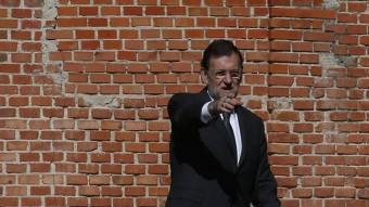 El president del govern espanyol, Mariano Rajoy, abans de reunir-se amb Mario Monti REUTERS