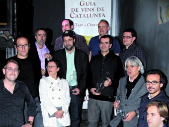 Imatge dels productors premiats per la Guia de Vins de Catalunya.  L'ECONÒMIC