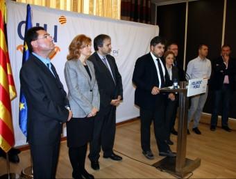 Albert Batet i alters càrrecs de CiU, ahir al matí, durant la seva compareixença a Tarragona per valorar el resultat electoral. ACN