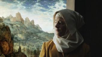 Charlotte Rampling ÉS LA MARE DE DÉU EN UNA DE LES ESCENES PICTÒRIQUES REPRODUÏDES AL FILM FESTIVAL FILMS
