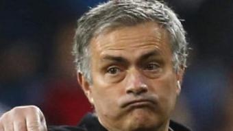 Mourinho, donant instruccions en un partit EFE