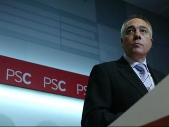 El primer secretari del PSC, Pere Navarro , en la roda de premsa celebrada ahir per presentar la declaració política del PSC QUIM PUIG