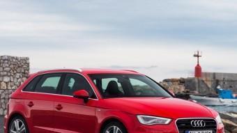 Allargat i dinàmic, el nou A3 Sportback respecta les proporcions habituals d'Audi entre la superfície opaca (2/3) i la dels vidres (1/3).