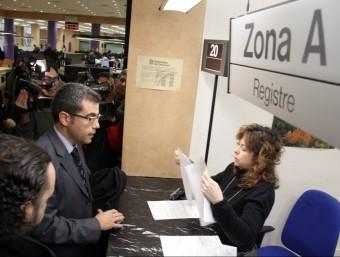 L'alcalde d'Alella, Andreu Francisco , ahir a l'ATC JORDI PUJOLAR / ACN