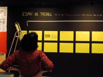 Muntatge d'una exposició a Can Xalant l'any 2010. Can Xalant ha aconseguit posicionar-se en l'art contemporani internacional. LAFUNDICIÓ