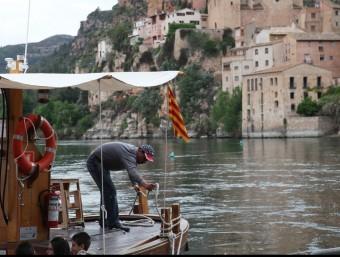 Navegar pel riu Ebre  PRESÈNCIA
