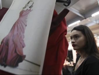 A Catalunya hi ha una desena d'escoles de disseny de moda d'on han sortit els principals dissenyadors del moment.  ARXIU