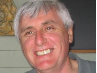 Andrew D. Miles.  ARXIU