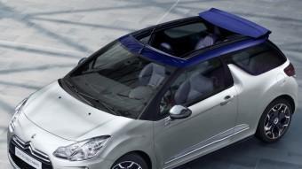 La versió Cabrio del DS3 manté les característiques essencials de la berlina, tant d'aspecte com en comportament en carretera.