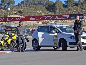Marcel Castany (a l'esquerra) i Jordi Casals, dos dels socis de Fast Enginyeria, al circuit escola del complex Parcmotor.  JUANMA RAMOS