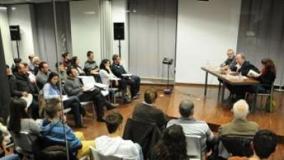 """València, Octubre Centre de Cultura Contemporània (OCCC).Presentació del llibre """"Hi ha morts que pesen cent anys"""" (ed. 3i4). PRATS I CAMPS"""