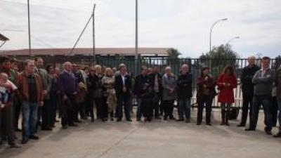 Part dels càrrecs polítics assistents a la concentració de hui. CEDIDA