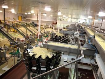 La indústria, a través de les exportacions, marca el camí de la recuperació econòmica.  JOAN SABATER