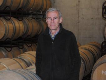 Carles de Ahumada, director de L'Olivera, al celler de la cooperativa de Vallbona.  J. TORT