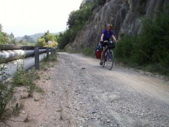 La via verda de la Ruta del Carrilet, al seu pas pel municipi de Sant Feliu de Pallerols. J.C