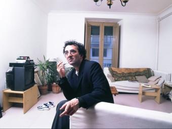 Roberto Bolaño, a l'estudi que va tenir a Sitges, als anys noranta PILAR AYMERICH