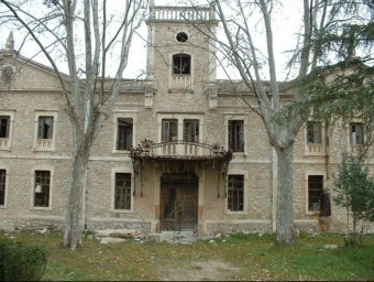 Antiga fàbrica de l'Estació a Banyeres de Mariola. B. SILVESTRE