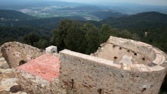 Una imatge des del castell de Sant Miquel, al límit dels termes de Girona i Celrà. JOAN SABATER