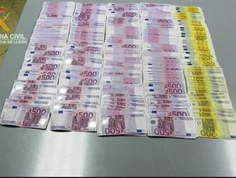 Els bitllets decomissats per la Guàrdia Civil aquesta setmana a Bellver de Cerdanya GUÀRDIA CIVIL