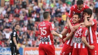 Els jugadors del Girona, celebrant un gol.