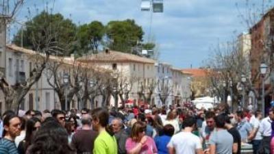 Fontanars del Alforins va viure l'abril passat unes jornades sobre el vi. EL PUNT AVUI