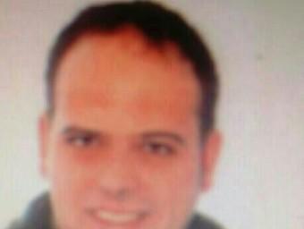 L'agent David Piella, de 34 anys. Resideix a la Canya amb la seva esposa, si bé és nascut a Ripoll. EL PUNT AVUI
