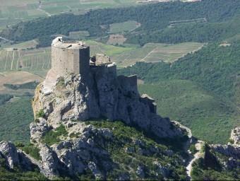 Castell de Querbús. ENTRE MAURIN I CUCUNHAN ES TROBA LA ÚLTIMA FORTALESA A CAURE A MANS DELS CROATS FRANCESOS EN LA SEVA LLUITA CONTRA ELS CÀTARS PRESÈNCIA