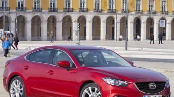 Tant en la versió Sedan de 4 portes com la Wagon familiar, el nou Mazda6 expressa el llenguatge de disseny Kodo (ànima en moviment).  MAZDA