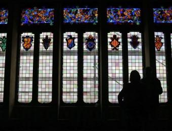 El gran finestral del gran saló del Cau Ferrat s'ha rehabilitat i protegit contra les inclemències externes de la façana marítima de Sitges JUANMA RAMOS