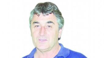 Alfons Muñoz va aconseguir l'ascens a tercera el 1983 com a tècnic del Girona. Va dirigir l'equip sis temporades diferents, de les quals quatre de senceres EL PUNT AVUI