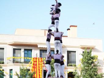 Els Minyons de Terrassa van estrenar dissabte el 3 de 9 a la plaça del Patí, a Valls. A banda de ser el primer de la temporada, té el valor afegit de ser el primer castell de nou que es fa a la ciutat de Valls per una colla no vallenca ELISABETH MAGRE
