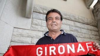 Pere Trias, amb una bufanda del Girona FC. joan sabater