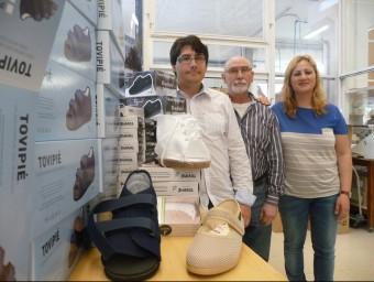 D'esquerra a dreta, Raimon Vidal, Josep Maria Vidal i Anna Vidal de l'empresa Tovipié.  T.M