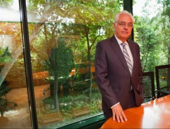 Joan Sánchez, a la seu de la Fundació.  ALBERT SALAMÉ