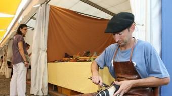 L'artesania és una de les activitats a l'alça entre els estands que es poden visitar a la fira OLÍVIA MOLET