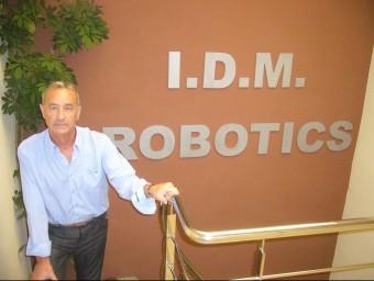 Joan Manel Carrasco, a la seu de l'empresa de la Sénia.  L.M