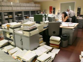Les comunicacions a través de la xarxa social corporativa permeten minimitzar el trànsit de correus i documents.  ARXIU