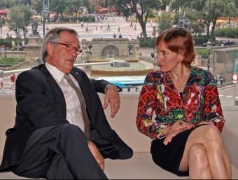 L'alcalde de Barcelona i la directora de la GSMA conversen abans de la presentació d'ahir JUANMA RAMOS