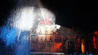 L'escorreguda del Mascle Cabró, la irreverent posada en escena del rei de l'Aquelarre de Cervera en una imatge de 2012 ACN