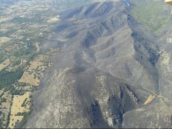 Imatge aèria de la zona cremada per l'incendi declarat entre Artà i Capdepera, a Mallorca ACN