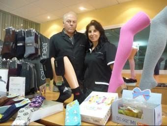 Josep Quintana i Maria Rosa Tubert a les instal·lacions de l'empresa Calcelinea.  T.M